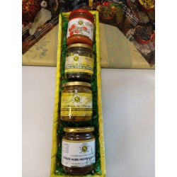 GIFT BASKET WITH 4 PRODUCTS.